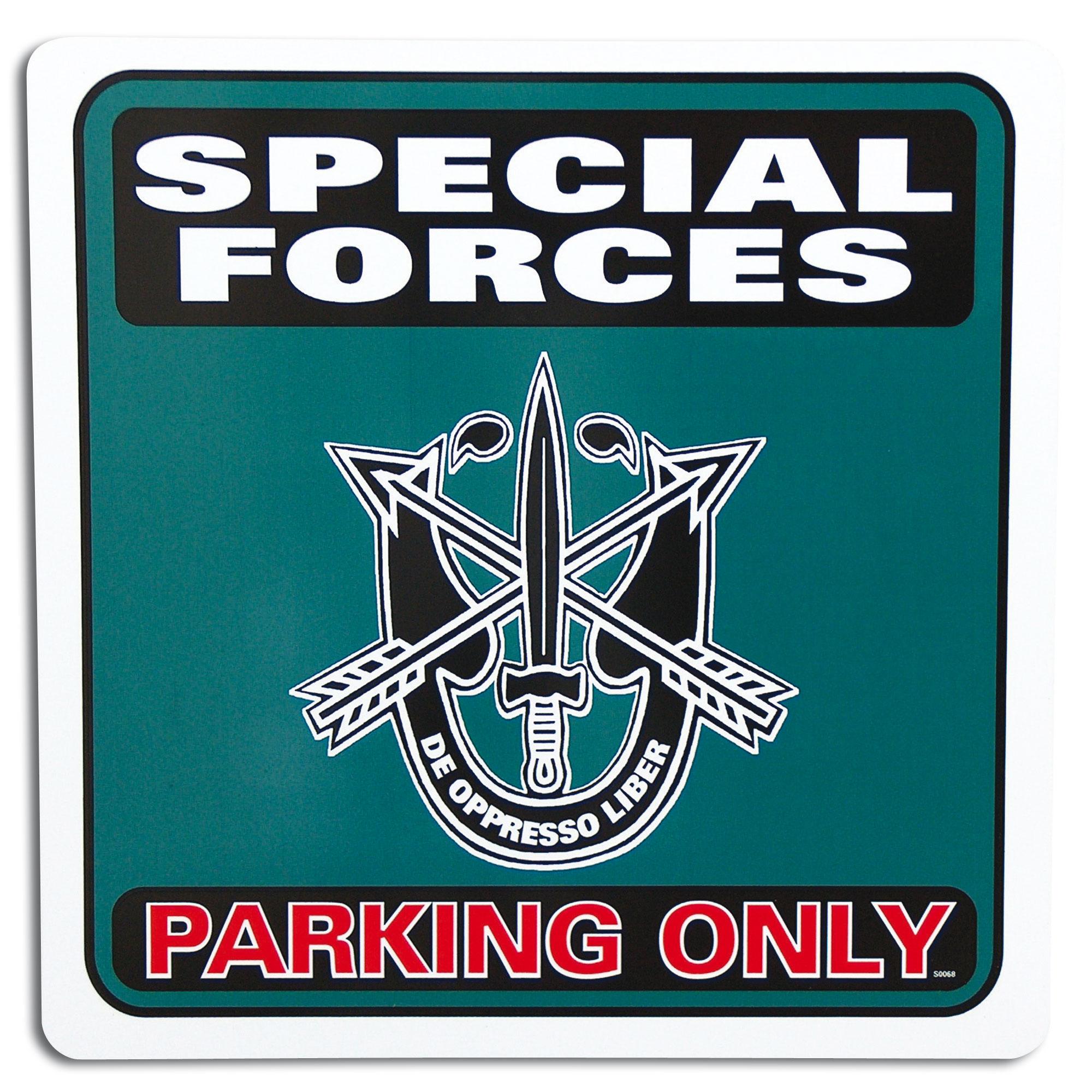 Cartel aparcamiento Special Forces