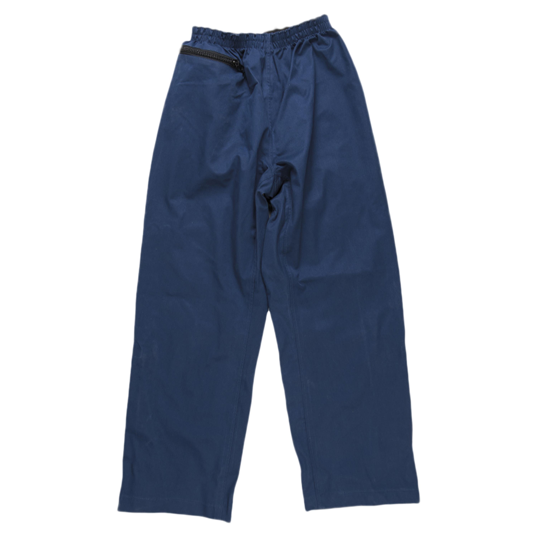 Pantalón para lluvia holandés celeste usado